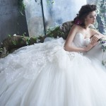 tara-keely-bridal-tulle-ball-gown-pleated-organza-sweetheart-natural-waist-petals-chapel-train-2300_zm